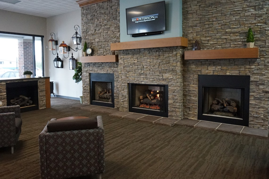 commercial_showroom_asheville_fireplaces