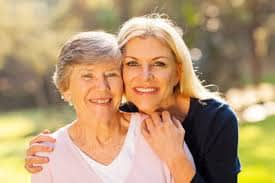 Inspired Homes Mom-Senior-Daughter Tennessee Retirement Lifestyle  Tennessee Retirement Distance from Nashville