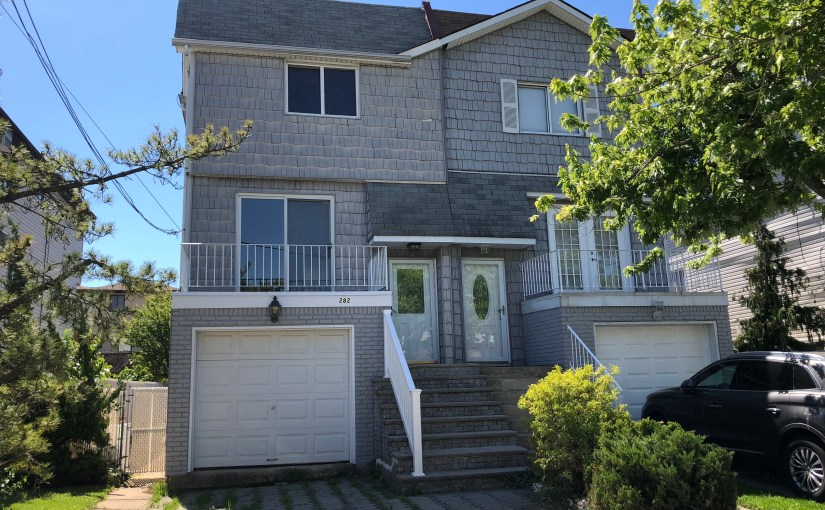 Really Large Semi Home in New Dorp – $629,000