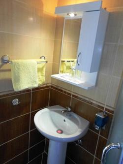 684_kupatilo1
