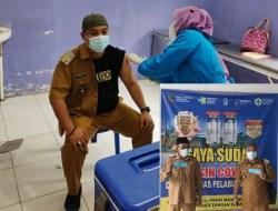 Kades Kuala Dasal Disuntik Vaksin Covid-19, Minta Masyarakatnya Tak Takut Divaksinasi