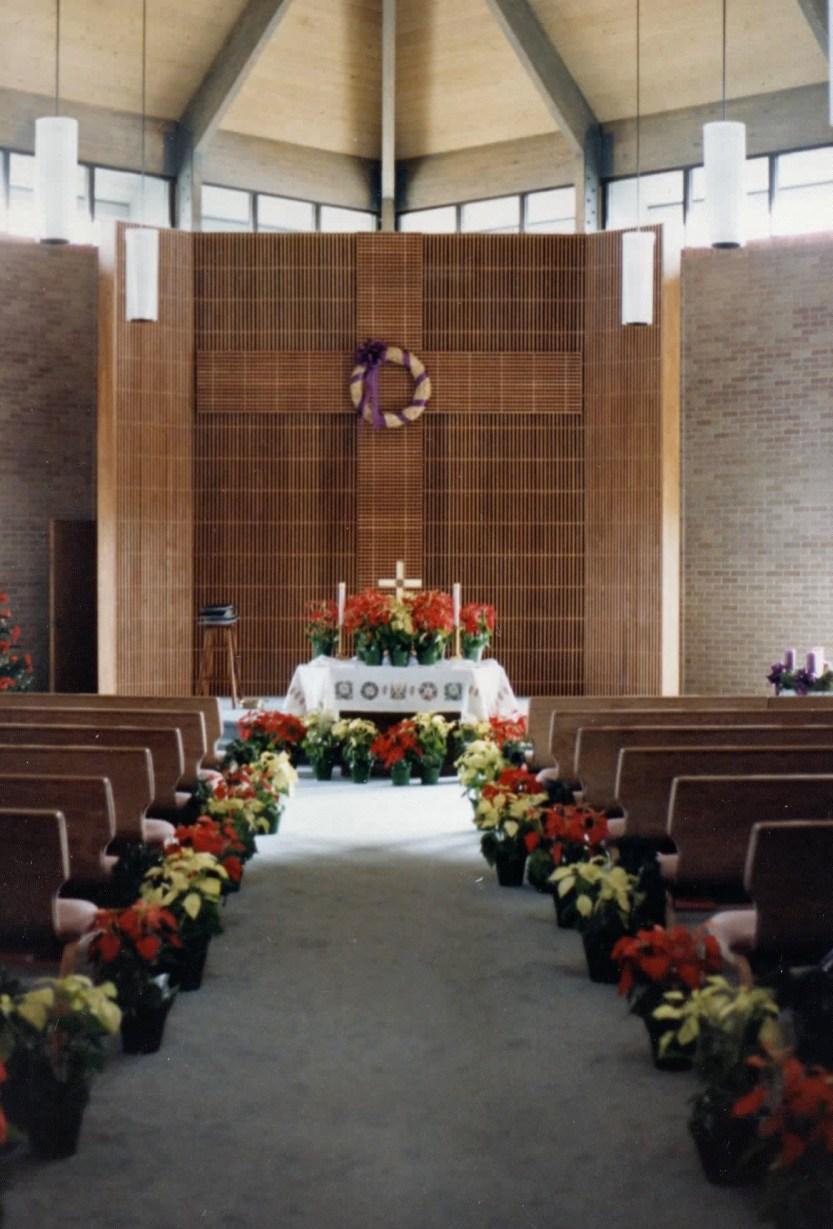 Hope int toward altar