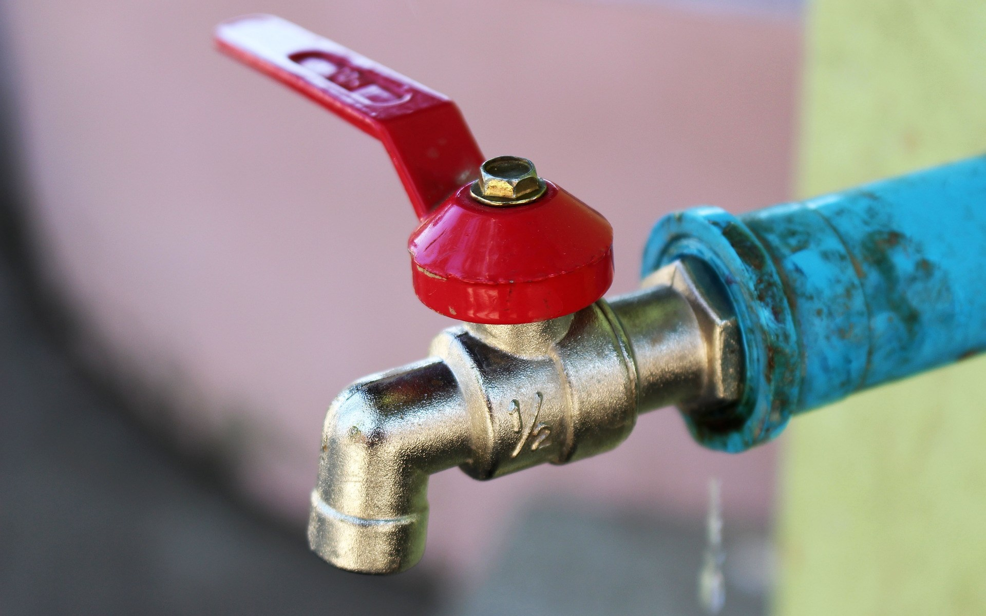 Kalt- Warmwasser Installateur Notdienst Wasserüberlauf - Schaden.Beratung für Sanierung & erstellen neuer Wasserleitungen. Sanitär-Handel & VerkaufSEMA GmbH Wien