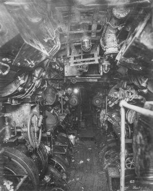 U Boat alemán 1918. sala de control eléctrico