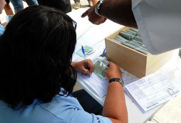 Documento Nacional de Identificação é lançado pelo Governo O novo documento dispensa a apresentação de CPF, certidão de nascimento, de casamento e título de eleitor