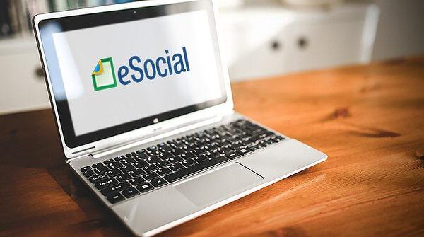 Audiência avalia eficiência do sistema e-Social