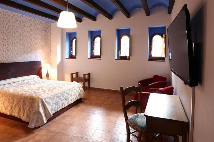 Interior habitación Hospedería Sádaba