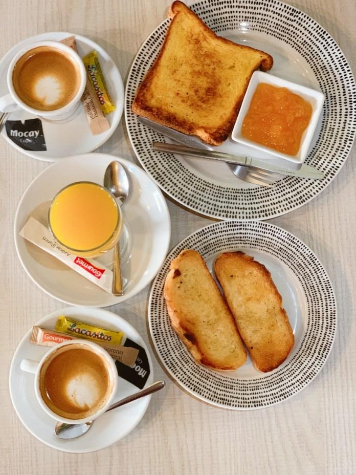 Desayuno completo en El Quinto Pino Tudela