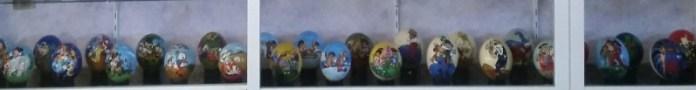 huevos avestruz pintados a mano