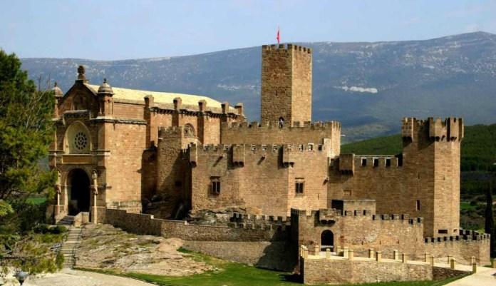 castillo-javier