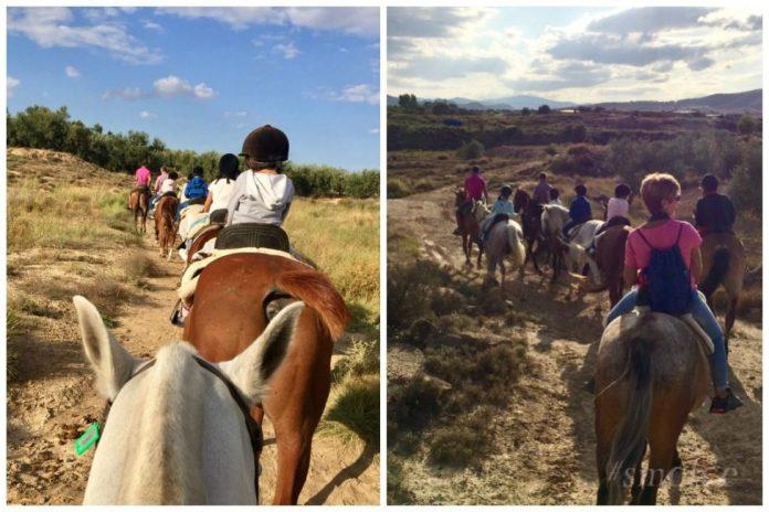 paseo a caballo con niños