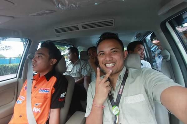 Ekspresi Tim Semeton Honda Bali Card