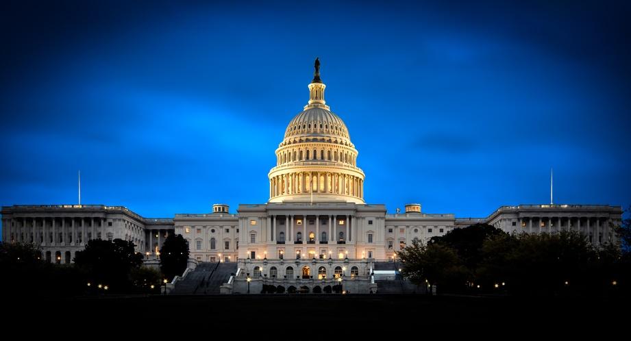 Jamie GRAPHIC Capitol shutterstock_75579604