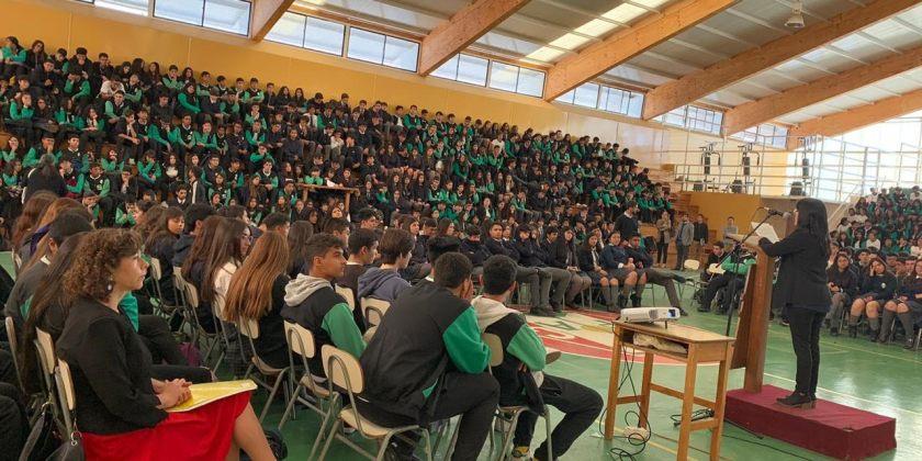 COLEGIO REALIZA ACTO CONMEMORATIVO DÍA INTERNACIONAL DE LA MUJER
