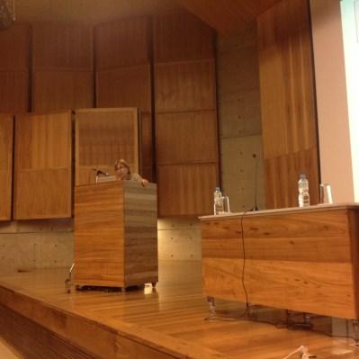 25/10. Jacqueline León, Mesa dos Linguistas. Foto: Dália Guerreiro.
