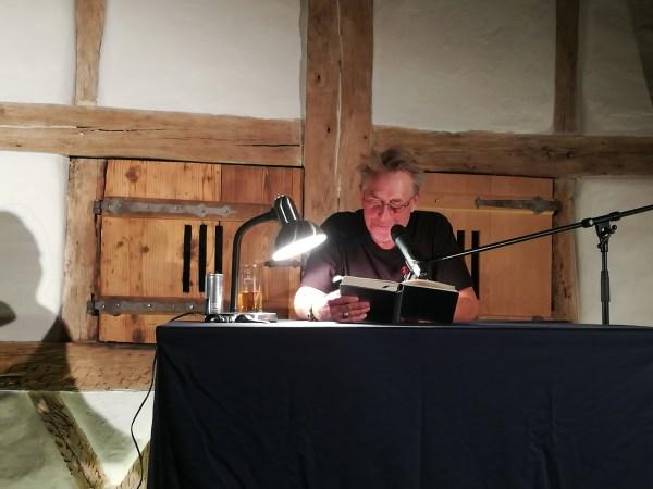 Herbrechtinger Kulturtage – Martin liest und Mutz macht den Sound dazu