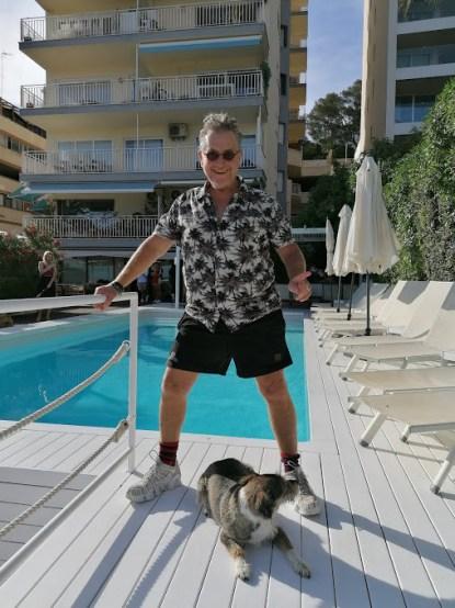 Martin am Pool