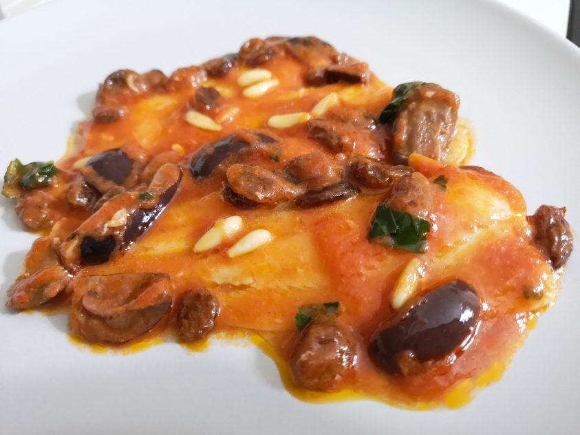 Filetti di platessa con olive uvetta e pinoli