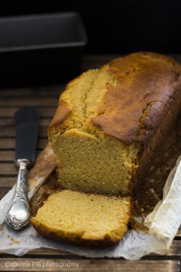 Plumcake con farro monococco integrale olio extravergine di oliva ricotta e limone