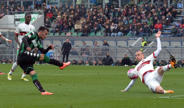Sansone fired goalwards. | VINCENZO PINTO/AFP/Getty Images