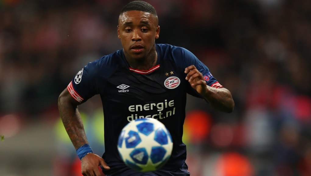 LONDON, ENGLAND - NOVEMBER 06: Steven Bergwijn of PSV Eindhoven during the Group B match of the UEFA Champions League between Tottenham Hotspur and PSV at Wembley Stadium on November 6, 2018 in London, United Kingdom. (Photo by Catherine Ivill/Getty Images)