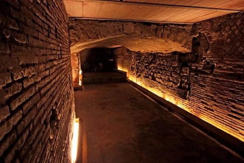 la napoli sotterranea e i tunnel sotterranei