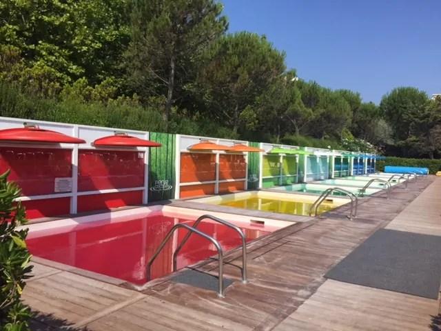 Un arcobaleno di colori alle Perle d'Acqua Park