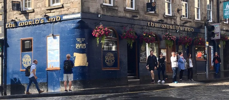 The world's end pub a Edimburgo