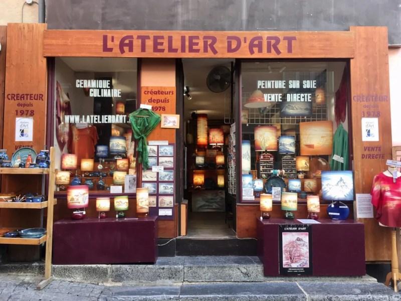 Negozio di lampade artigianli a Briançon