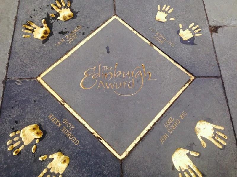 Impronte delle mani famose della Rowling