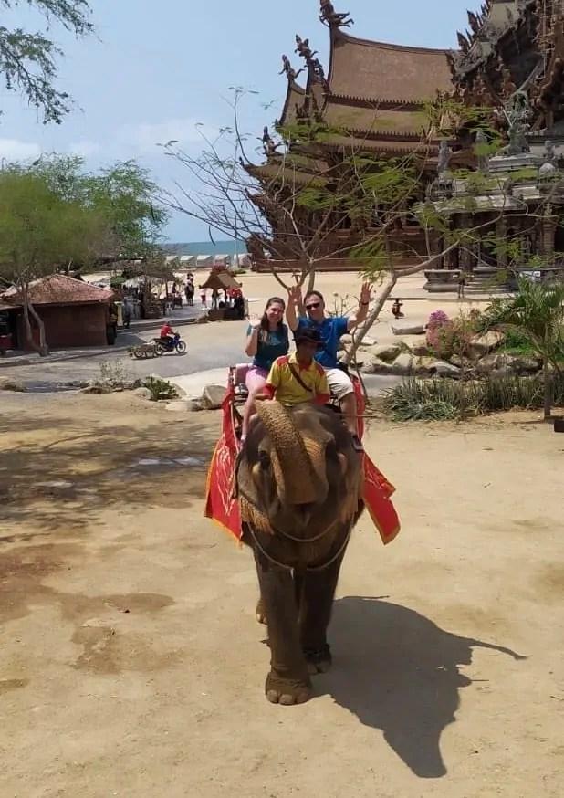 Pattaya e l'elefante