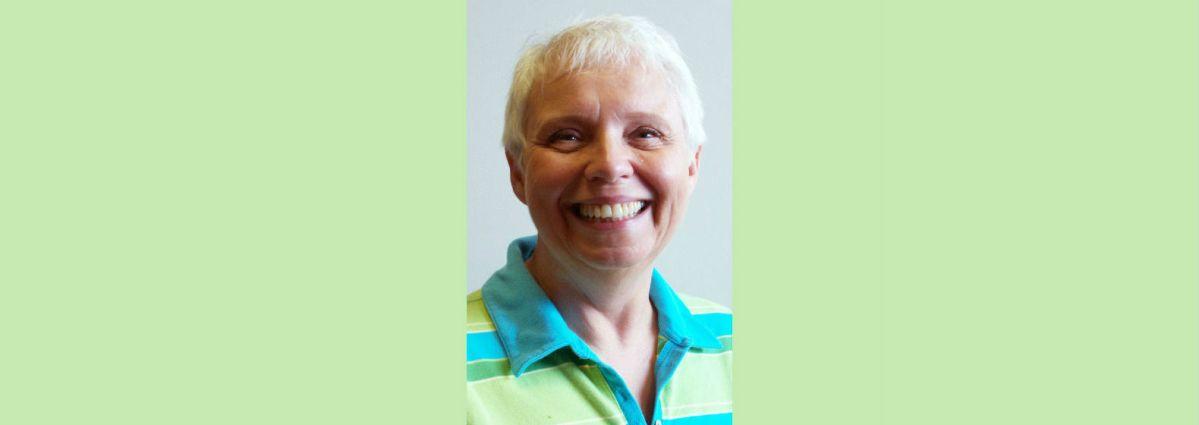 Dr. Bettie Davis recognized for her 2016 SENCER Model Course.