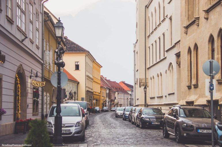 weekend getaway guide to Budapest - Budapest street view
