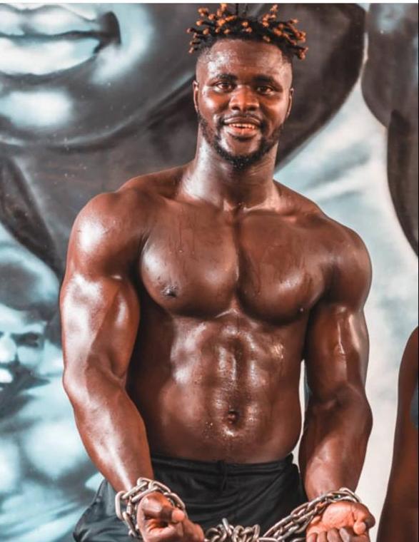 Au Sénégal, découverte de Badou Zaky, l'homme le plus musclé