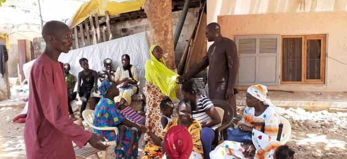 hann bel air mamadou guisse 5 - Yarakh (Hann village): Mamadou Guissé au chevet des impactés de la Ccis