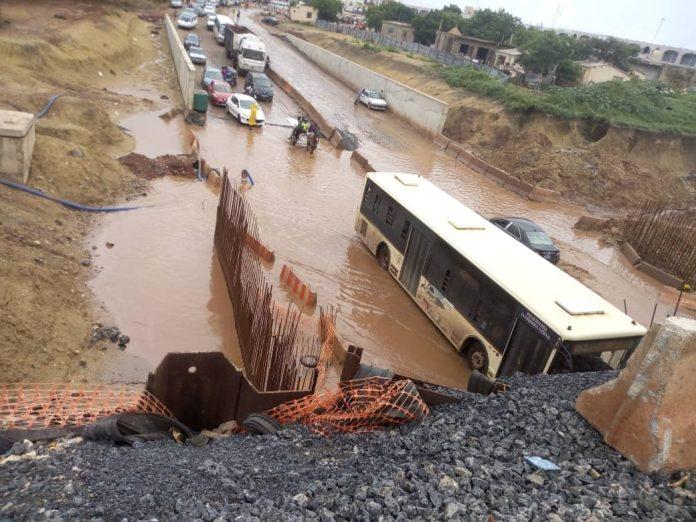 73245042 520447568739869 6793966391947952128 n - Rufisque : Le tunnel du TER encore sous les eaux