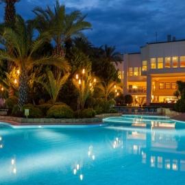 PERISSIA-SP_Beach-Pool-SP_Main_Pool