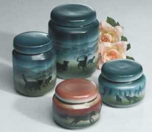 Choosing Biodegrable Pet Urns