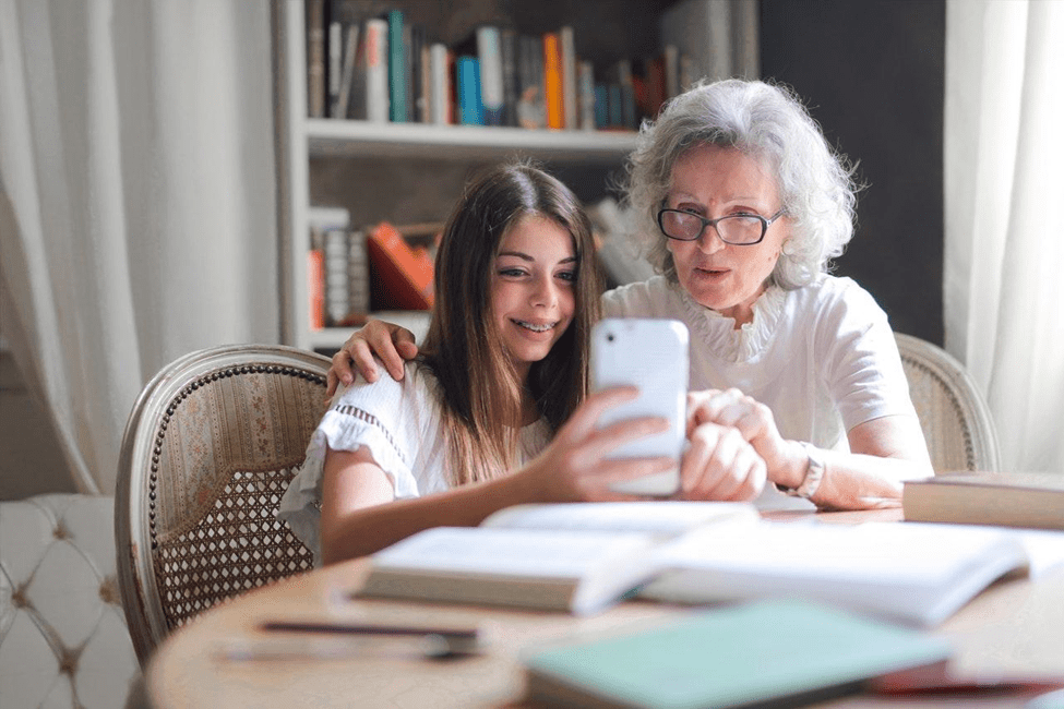 4 Ways Senior Can Fight Loneliness during Covid-19