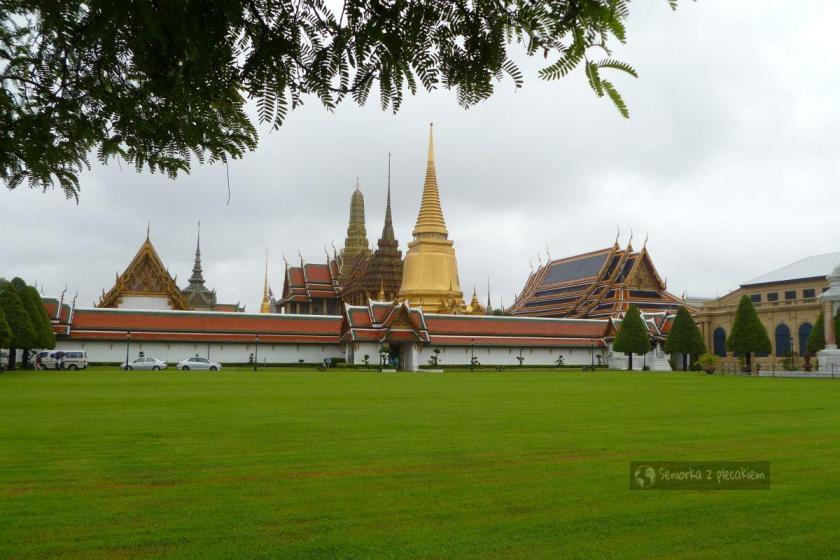 Kompleks Wat Phra Kaeo i Wielkiego Pałacu w Bangkoku
