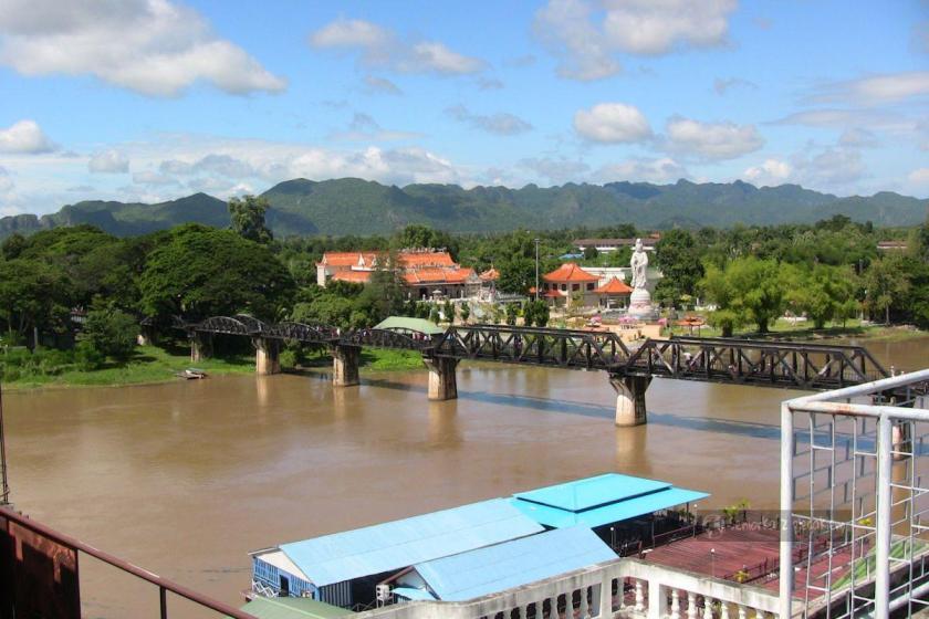Most na rzece Kwai w Kanchanaburi
