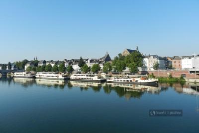 Rzeka Moza w Maastricht - Holandia