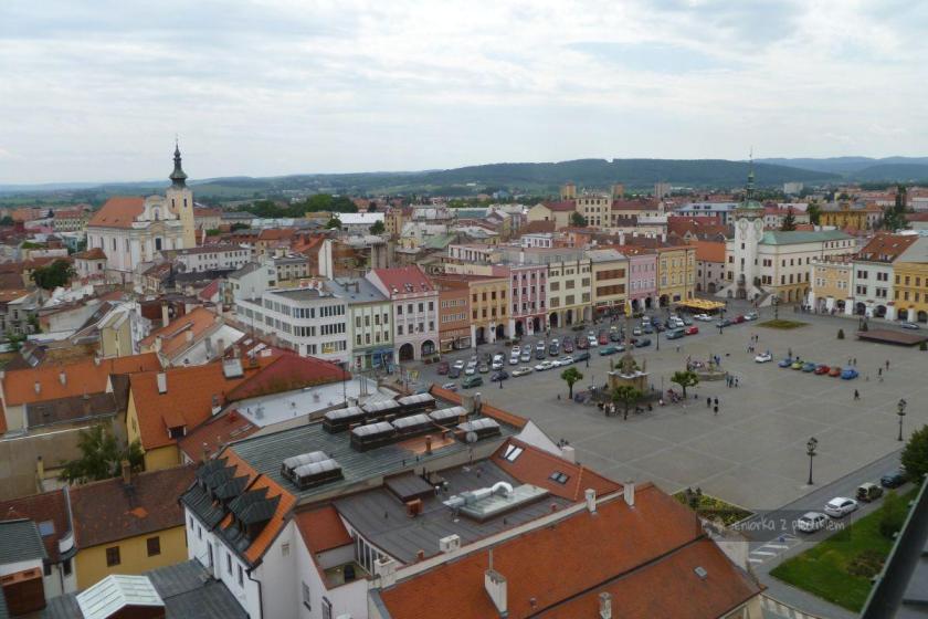 Widok z wieży na miasto Kromeriż