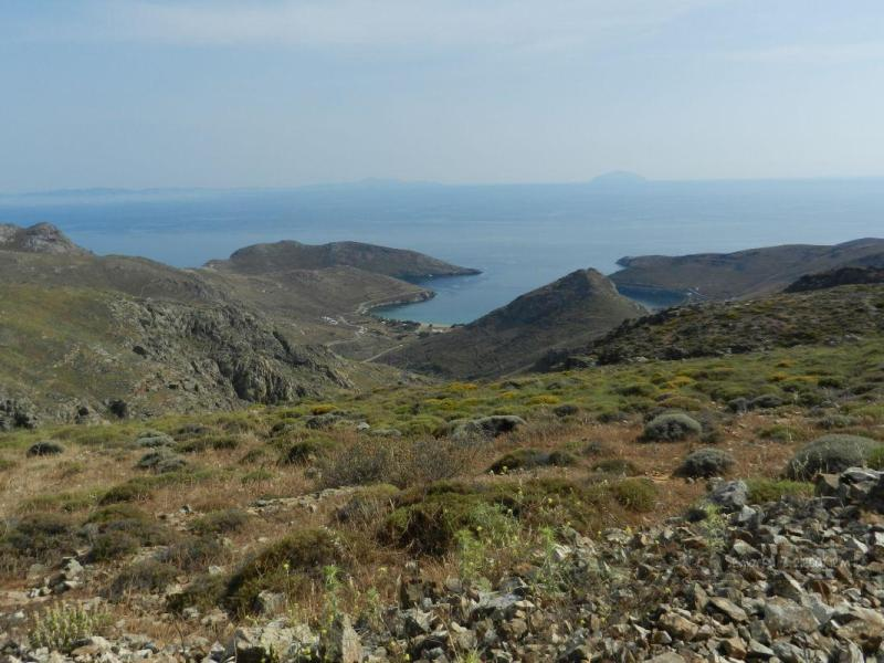 Serifos – autem po wyspie