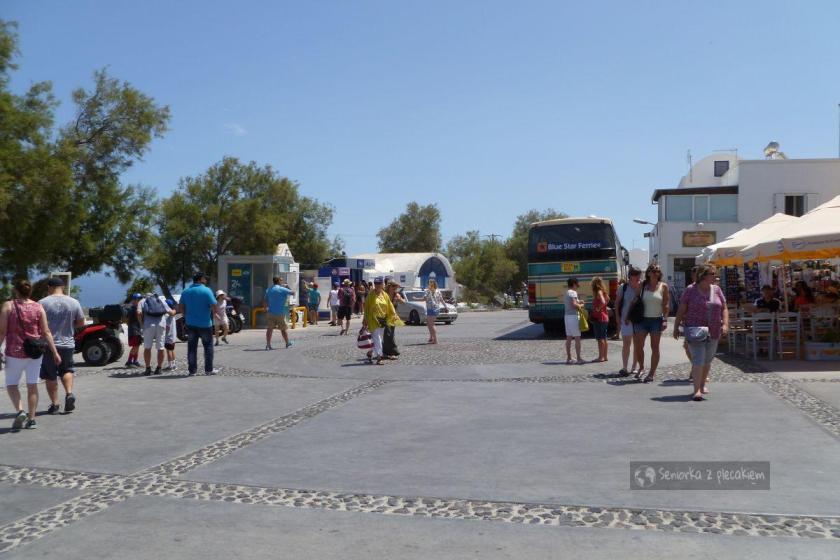 Przystanek autobusowy w Oia