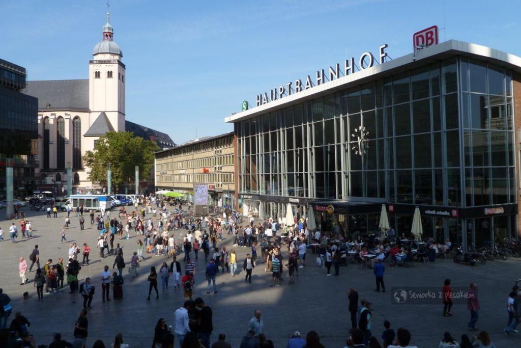 Dworzec kolejowy w Kolonii