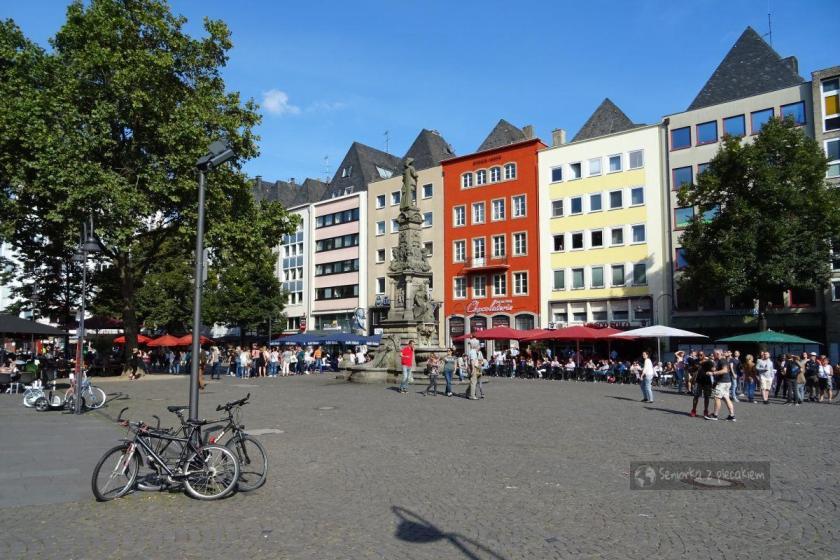 Główny plac w Kolonii