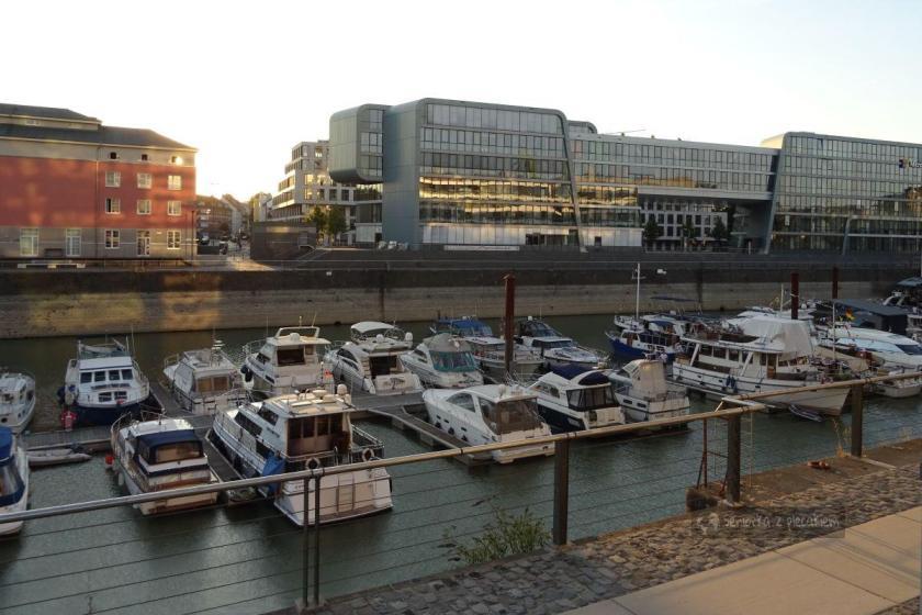 Port jachtowy w Kolonii