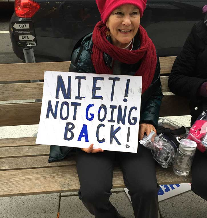 womens-march-signs-back