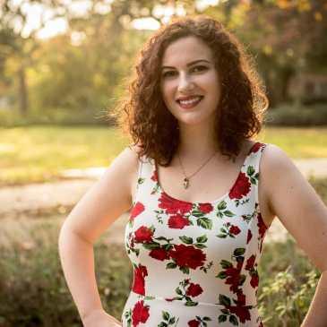 Senior Pictures College Graduation Portraits Austin, TX